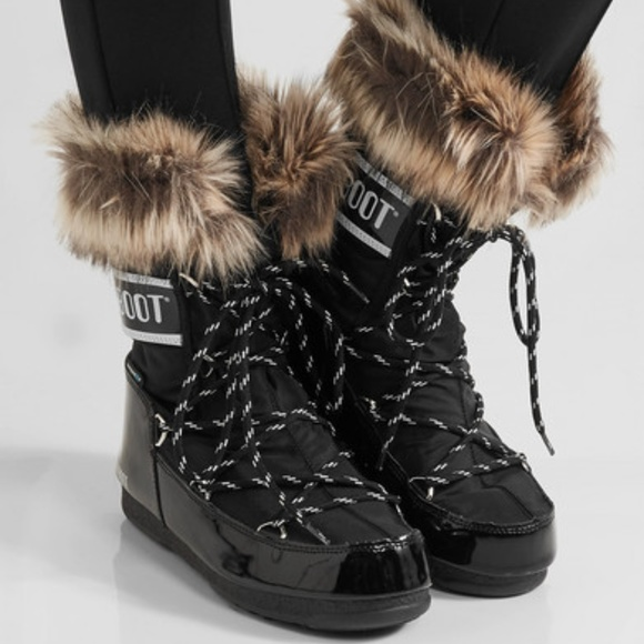 huge selection of 6f464 50909 Moon Boot Monaco faux fur Snow Boots